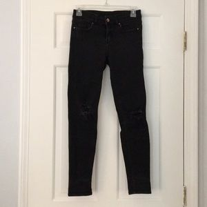 H&M Divided Ripped Knee Skinny Jean - Size 4